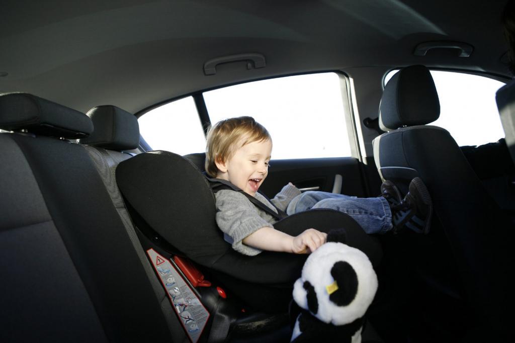 Kinder an Bord - Großeltern fahren sicherer als Eltern