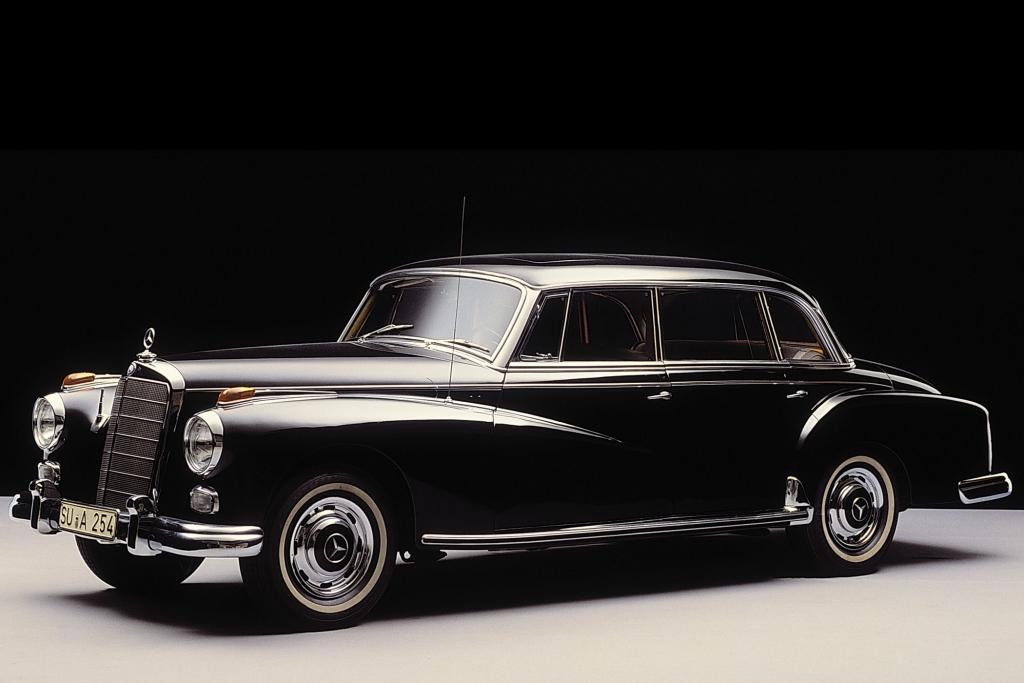 Konrad Adenauer fuhr einen Mercedes 300. Immer. Deshalb heißt das Auto nach ihm.