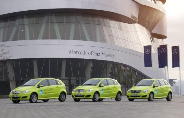Mercedes-Benz erhält L.E.A.D.E.R.-Award