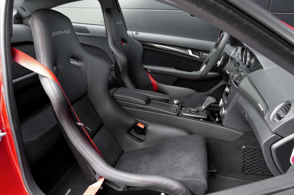 Mercedes C 63 AMG Black Series - Hochleistungs-Coupé mit schwarzer Seele
