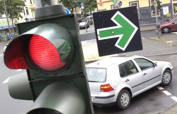 Neues Toyota-Navi warnt vor roten Ampeln