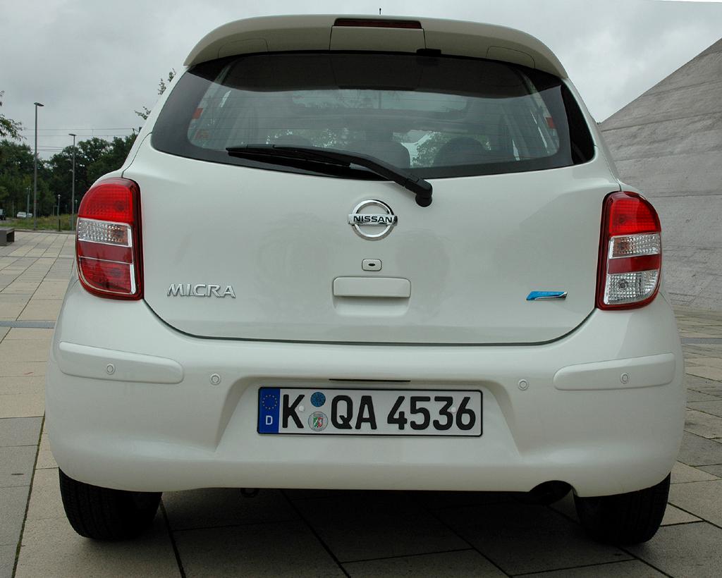 Nissan Micra DIG-S: Blick auf die Heckpartie des Fünftürers.