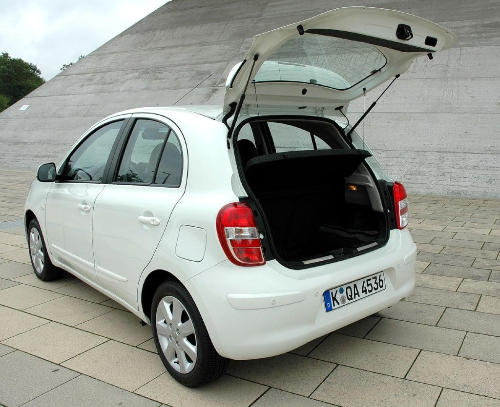 Nissan Micra DIG-S: Ins Gepäckabteil passen zwischen 265 und gut 1130 Liter.