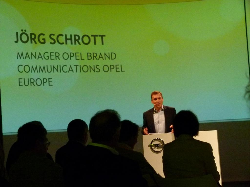 Opel Ampera: Alltagstauglicher Stromer ohne Reichweitenprobleme   Jörg Schrott, Opel Kommunikation