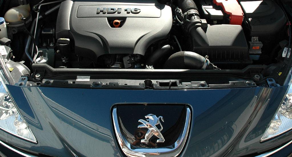 Peugeot RCZ Diesel: Blick unter die Haube ...