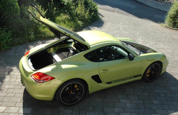 Porsche Cayman R: Ins Gepäckabteil hinten passen nochmal 260 Liter hinein.