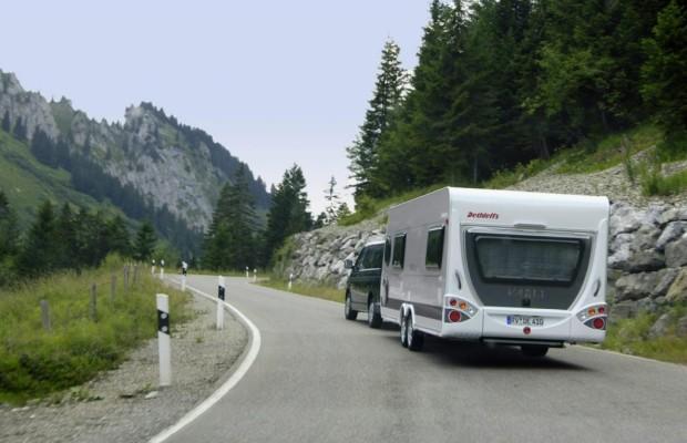 Ratgeber Wohnwagen und Reisemobil - Vorsicht bei der Fahr-Premiere