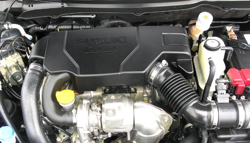 Suzuki Swift: Blick auf den 75 PS starken Vierzylinder-Selbstzünder.