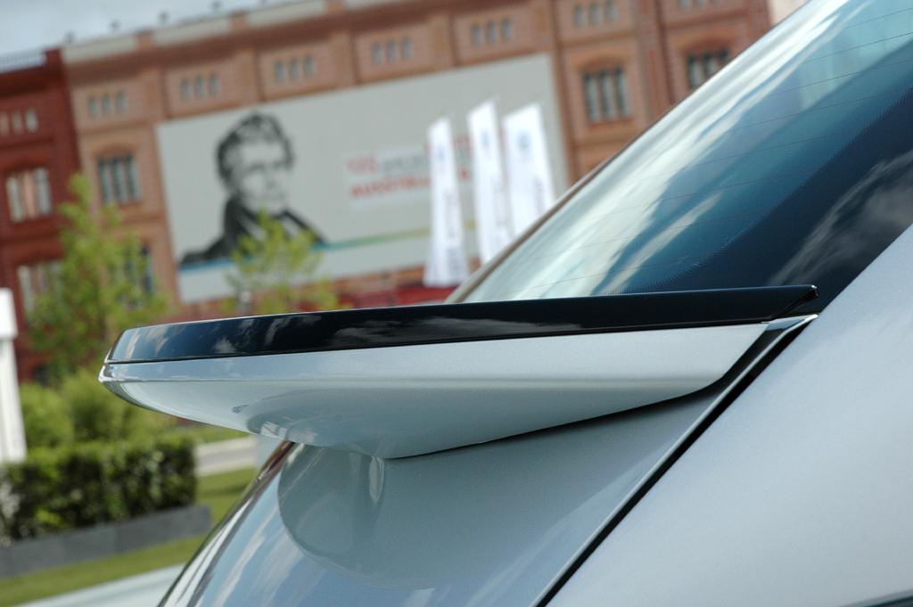 VW Beetle: Beim Spitzenmodell gehört der Heckspoiler zum Serienumfang.