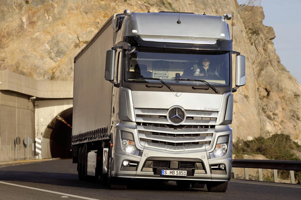 Verkehrsrecht - Einheitliches Tempolimit für Lkw in Europa gefordert