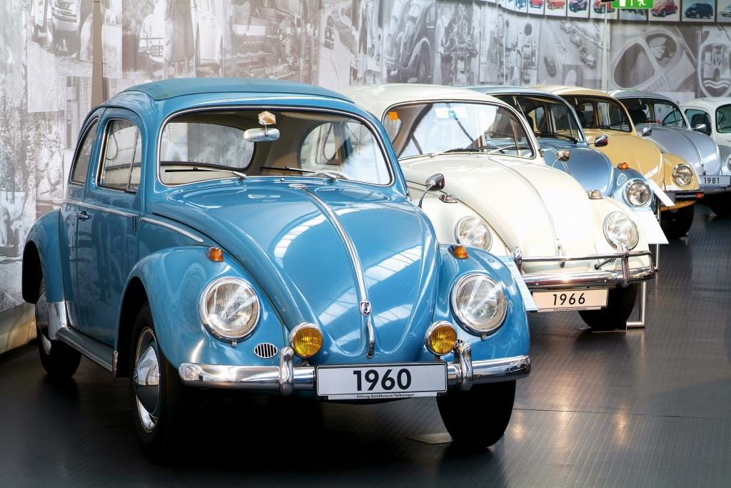 Von Käfern, Göttinnen und Schneewittchensärgen - VW.