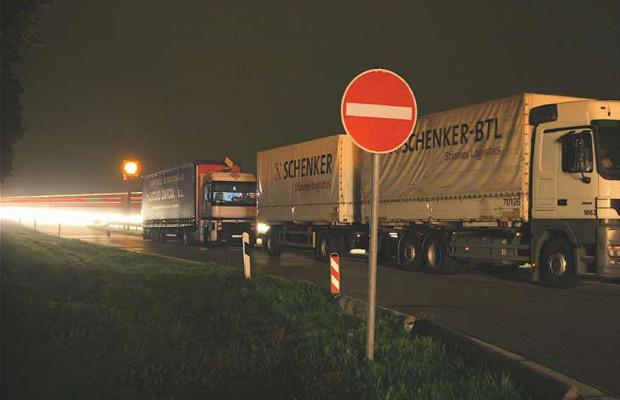 ADAC: An den wichtigsten Autobahnen fehlen 7000 Lkw-Stellplätze