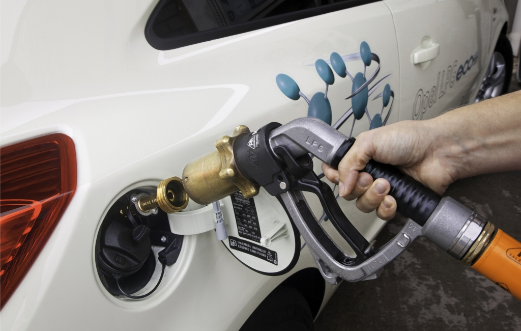 Ab sofort ergänzt eine LPG-Variante die Corsa-Familie. Der im Drei- und Fünftürer verfügbare 1,2-Liter- Motor leistet im Autogasbetrieb 61kW / 83 PS.
