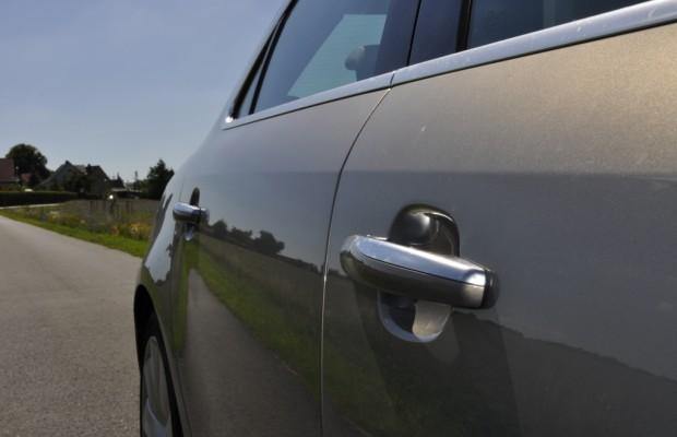 Aktienverkauf soll Saab-Mitarbeitern das Juli-Gehalt bringen