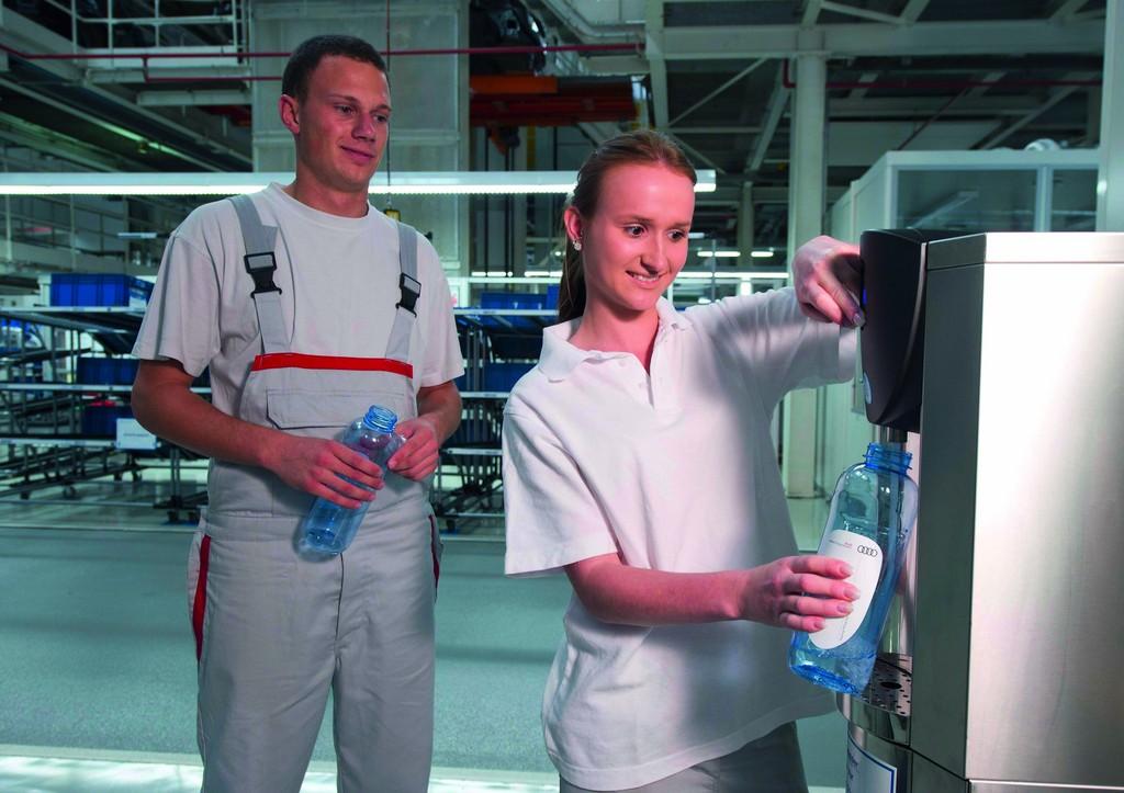 Audi installiert Wasserspender für Mitarbeiter