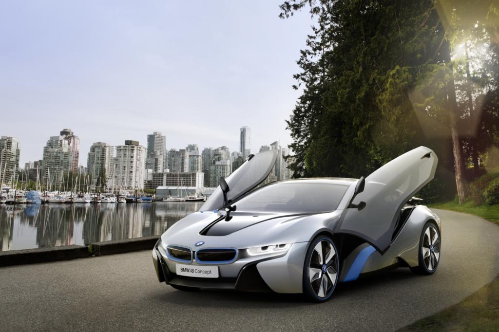 BMW kombiniert beim i8 Sparsamkeit und Sport