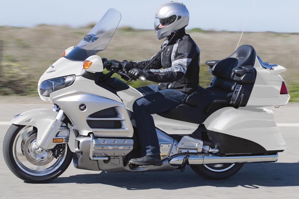 Das große Bike mit viel Stauraum und großvolumige Boxermotor ist ein Statement