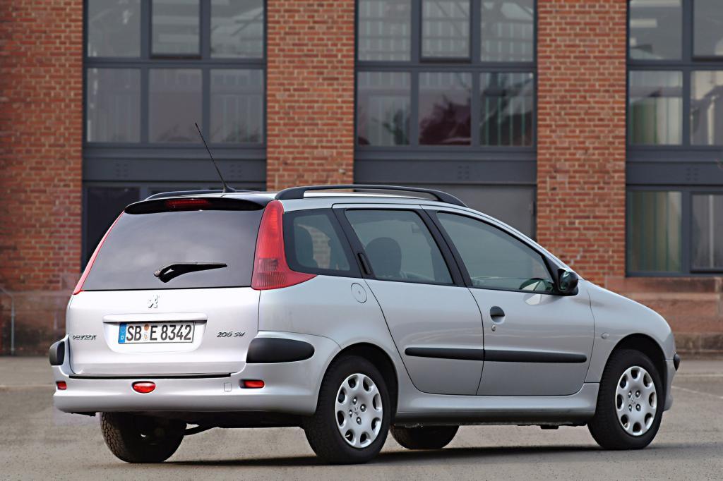 Den Peugeot 206 gab es auch als praktischen Kombi, SW genannt