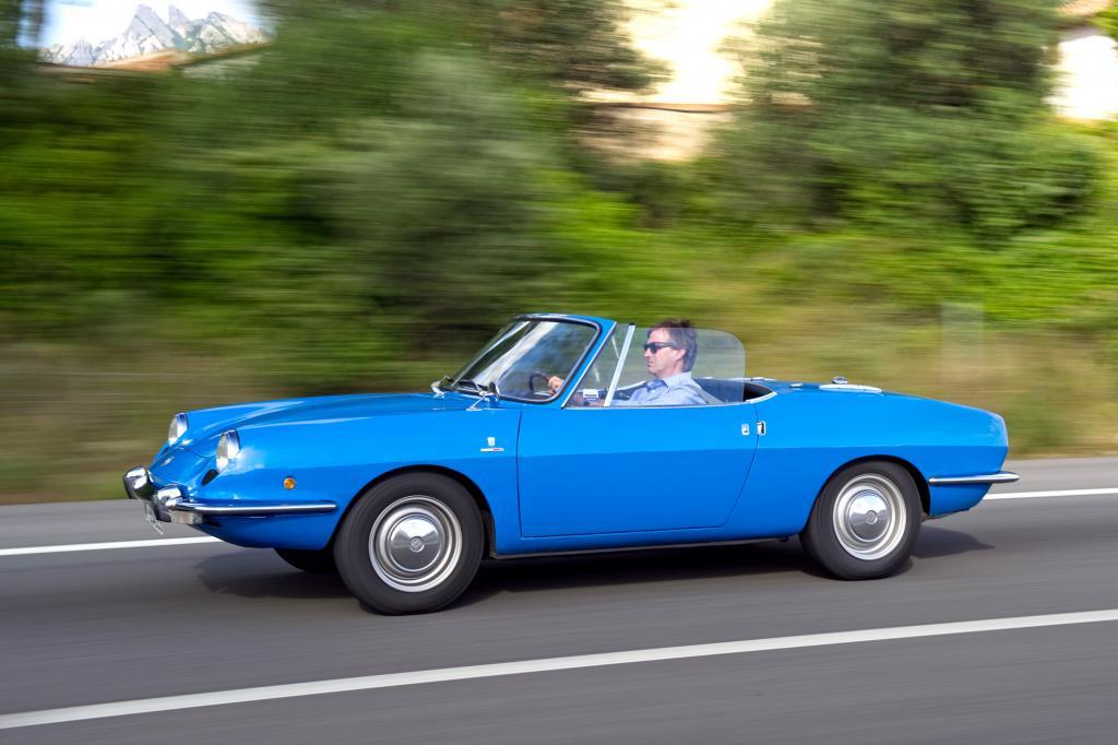 Der Seat wurde als 850 Spider bei Fiat in Turin entwickelt