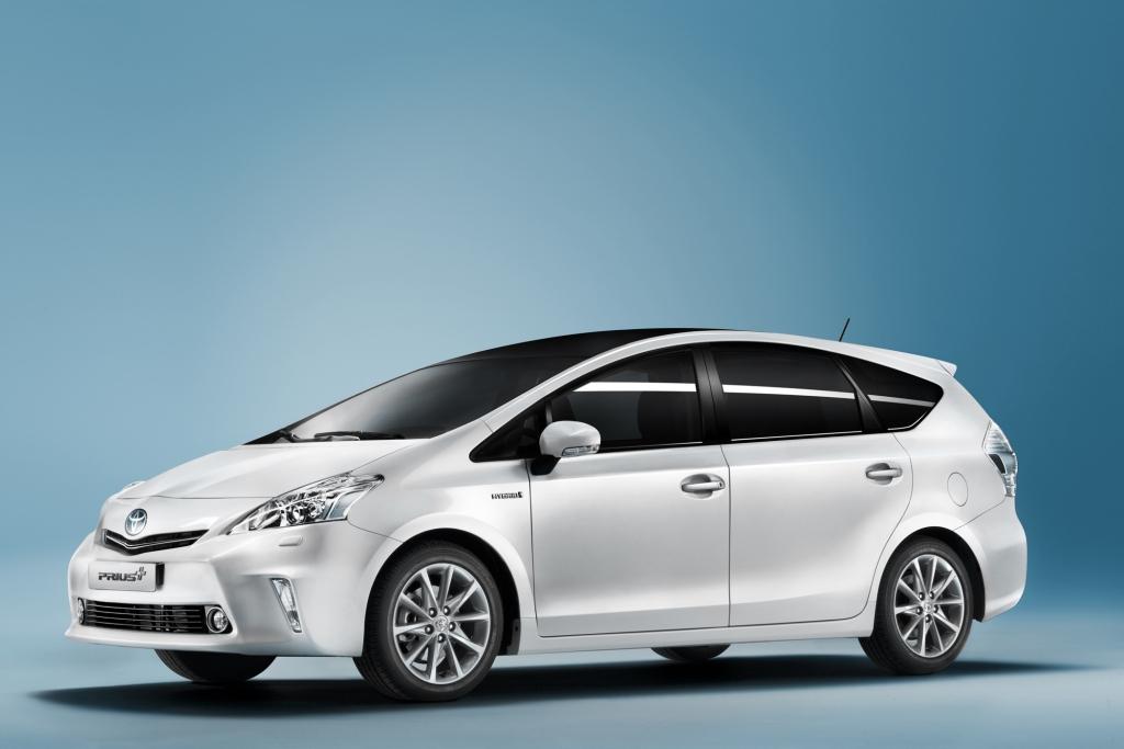 Der Toyota Prius + wartet mit sieben Sitzen auf