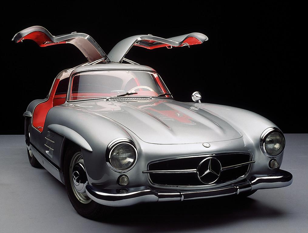Die Ahnen des Mercedes-Benz CLS: Mercedes-Benz 300 SL.