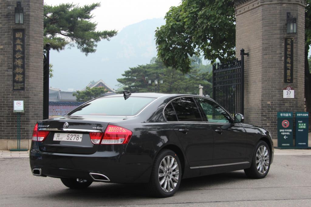Ein bisschen Lexus, etwas Mercedes: Die Koreaner lassen sich von den internationalen Marken inspirieren