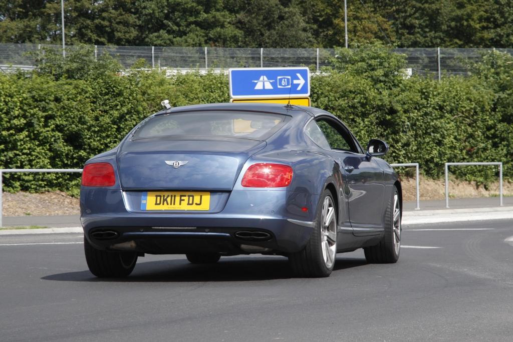 Erwischt Erlkönig Bentley Continental GT Speed: Englische Luxuskarosse mit Power satt