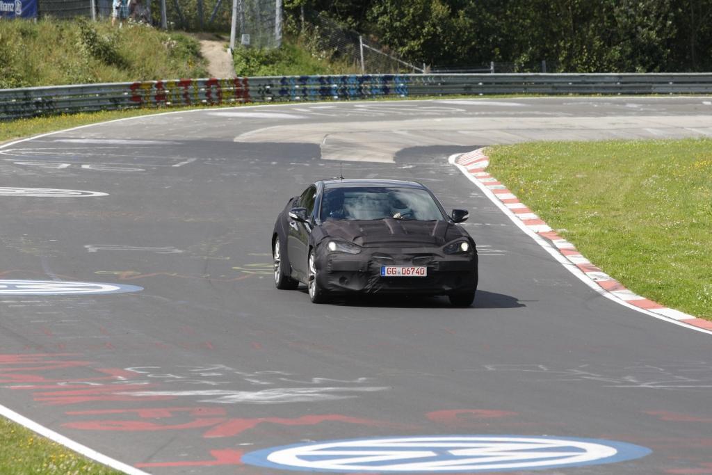 Erwischt: Erlkönig Hyundai Genesis Coupé - Mehr Leistung, weniger Verbrauch
