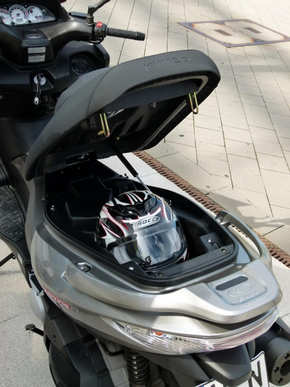 Fahrbericht Kymco Xciting 500 iR evo ABS: Rollern bis der Arzt kommt!