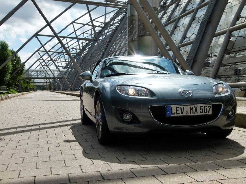 Fahrbericht Mazda MX-5 1.8 MZR Kaminari - Das pure Vergnügen