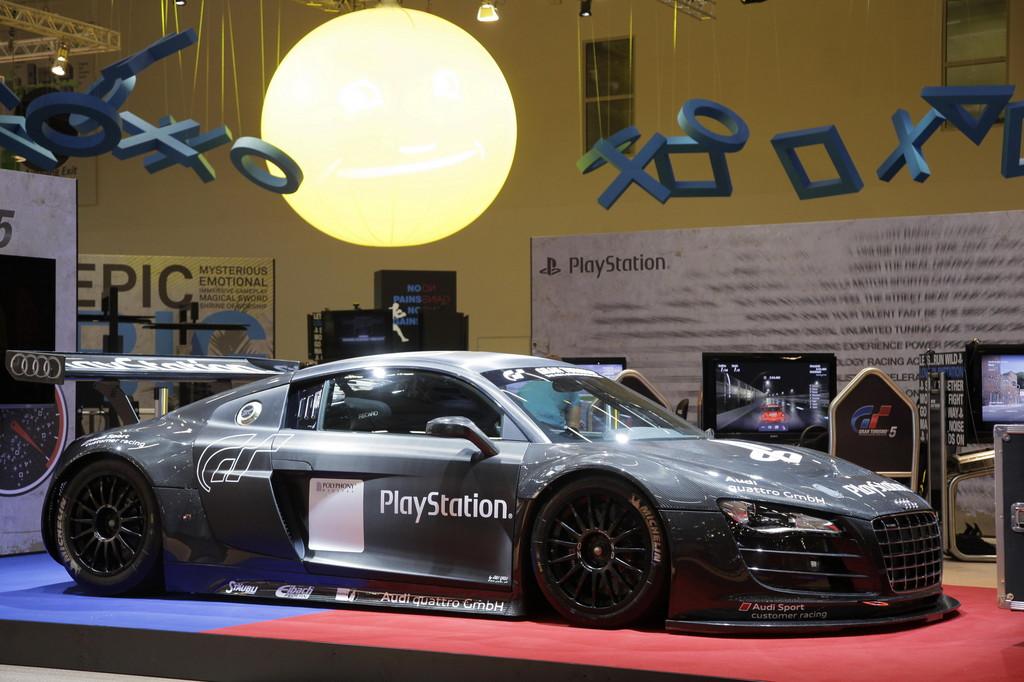 Gamescom 2011: Audi R8 LMS Racing Simulator von Sony Play Station