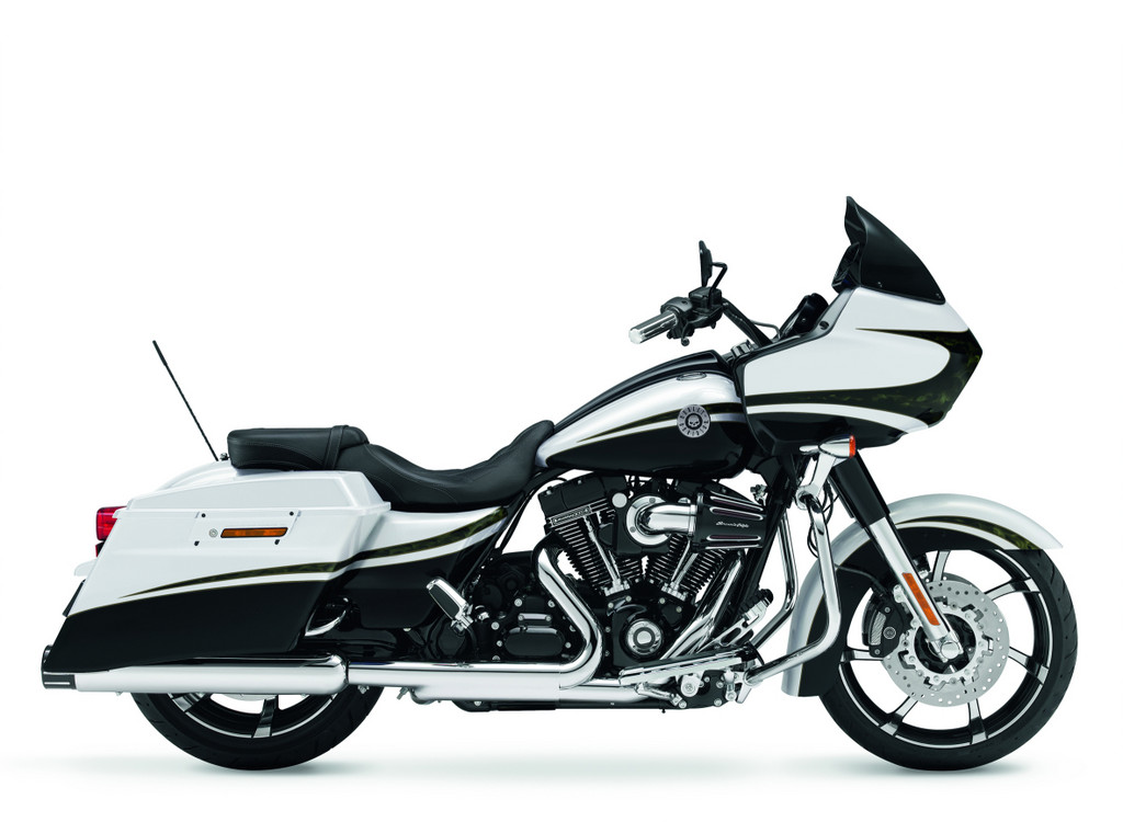 Harley-Davidson CVO Road Glide Custom kostet  31 595 Euro