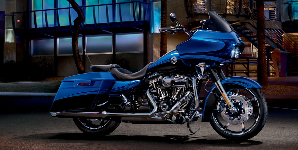 Harley-Davidson CVO Road Glide Custom.