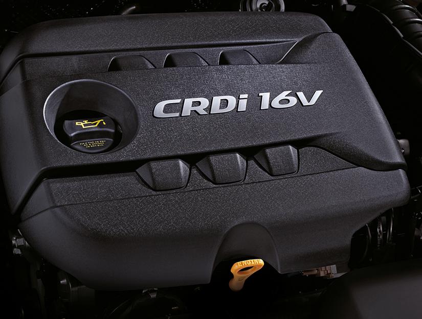 Hyundai i40-Kombi: Blick auf den 1,7-Liter-Diesel, den es in zwei Leistungsstufen gibt.