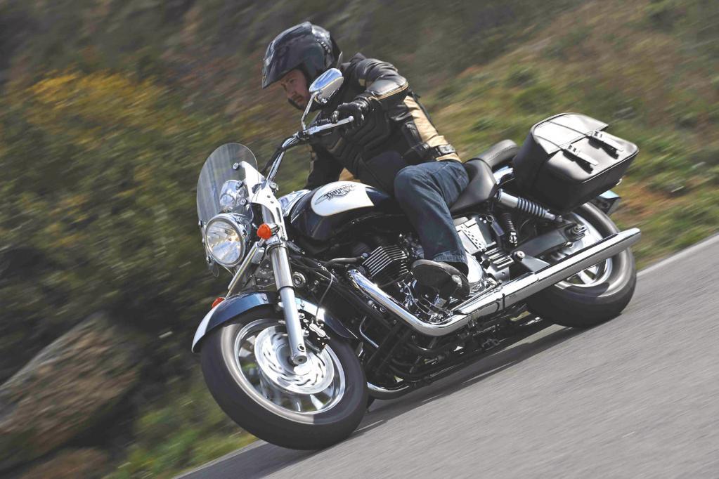 Italien beschlagnahmt Bikes von helmlosen Motorradfahrern