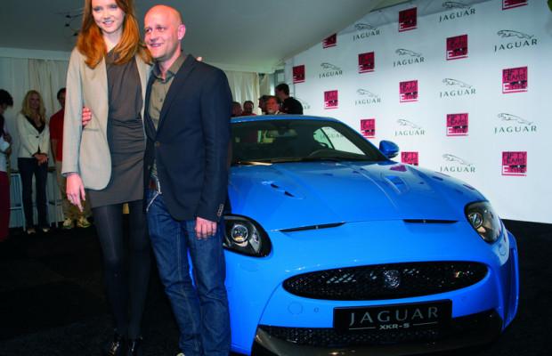 Jaguar feiert mit Prominenz eine Premiere und einen Geburtstag