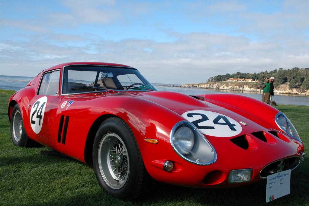 Jeder der Ferraris kostet mehr als fünf Millionen Euro.