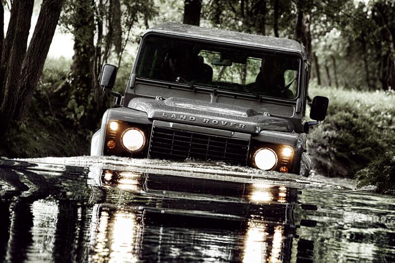 Land Rover Defender mit neuem Dieselmotor
