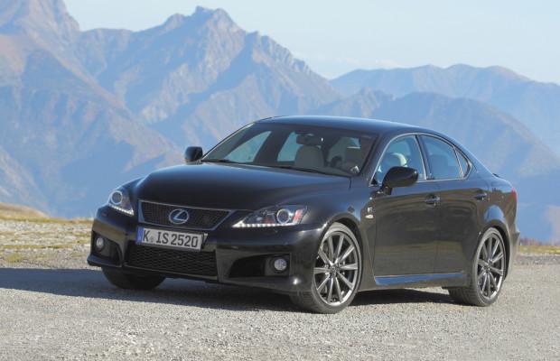 Lexus schickt den IS F verfeinert ins neue Modelljahr