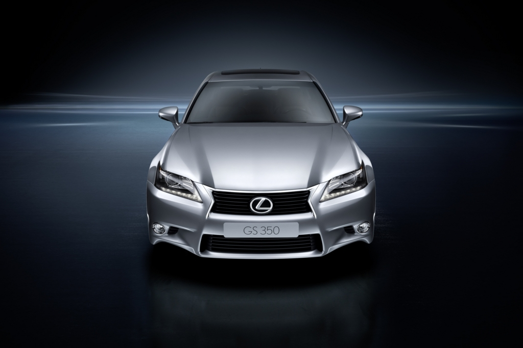 Lexus zeigt die Hybrid-Version des GS