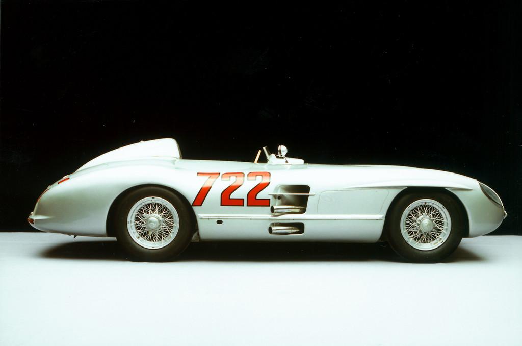 """Mercedes-Benz 300 SLR """"722"""", Siegerwagen der Mille Miglia 1955."""