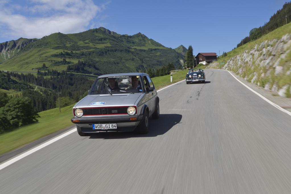 Mit dem Fünfganggetriebe des 1,8 Liter-Motors lässt sich der Wolfsburger stets im richtigen Drehzahlfenster fahren.