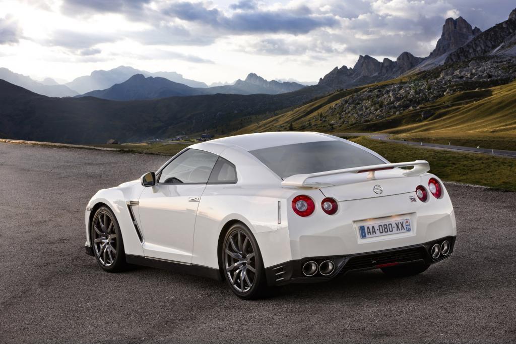 Mit dem GT-R ist Nissan in die Riege der Supersportwagenbauer vorgestoßen