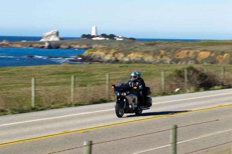 Motorrad: Honda Goldwing - Schmalspur Cabrio