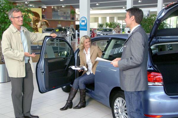 Neuwagenkauf: PS sind wieder gefragt