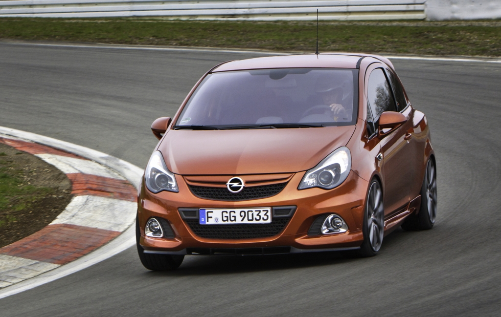 "Opel Corsa OPC ""Nürburgring Edition""."