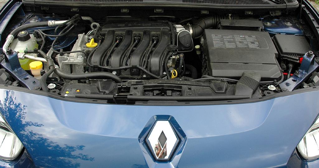 Renault Fluence: Blick unter die Haube auf das 1,6-Liter-Triebwerk.
