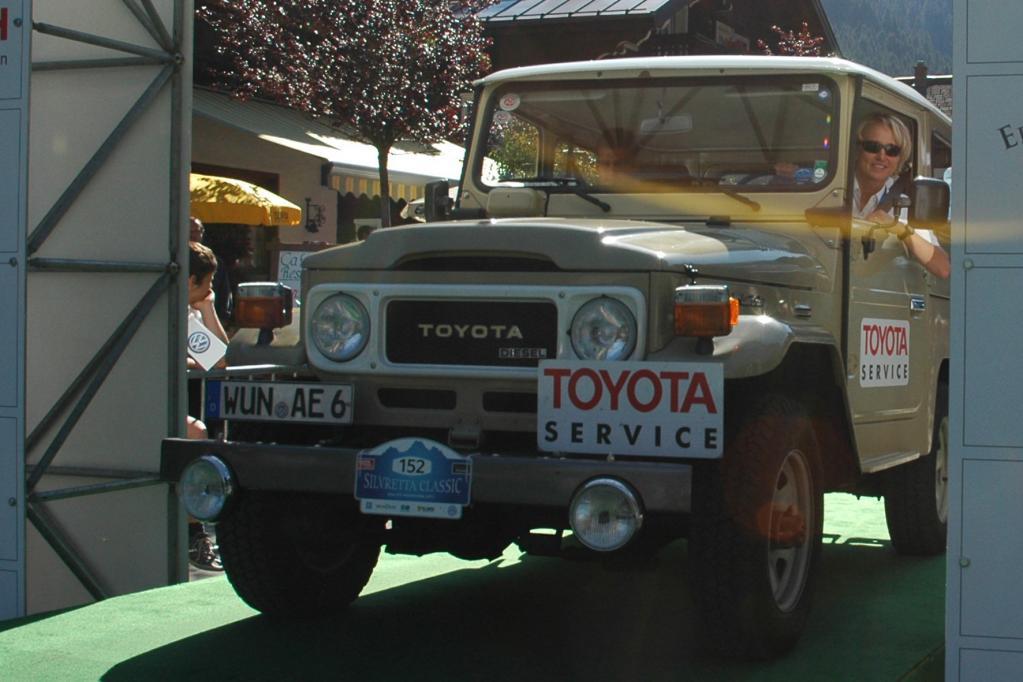 Seinen 60. Geburtstag feiert der Toyota Land Cruiser.