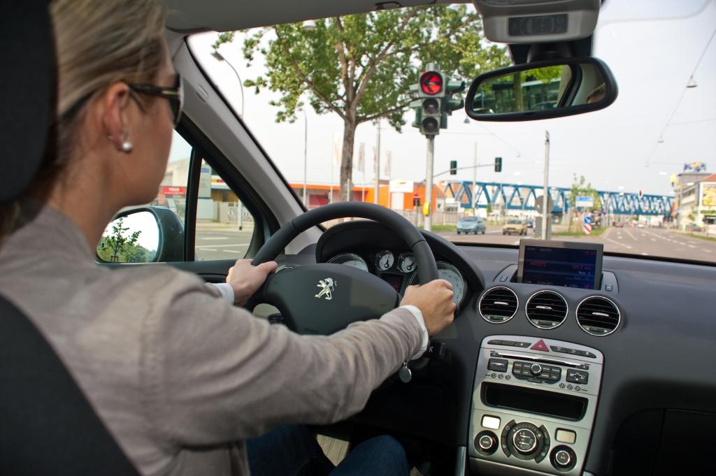 Test: Peugeot 308 e-HDI - Überredet zur Gelassenheit
