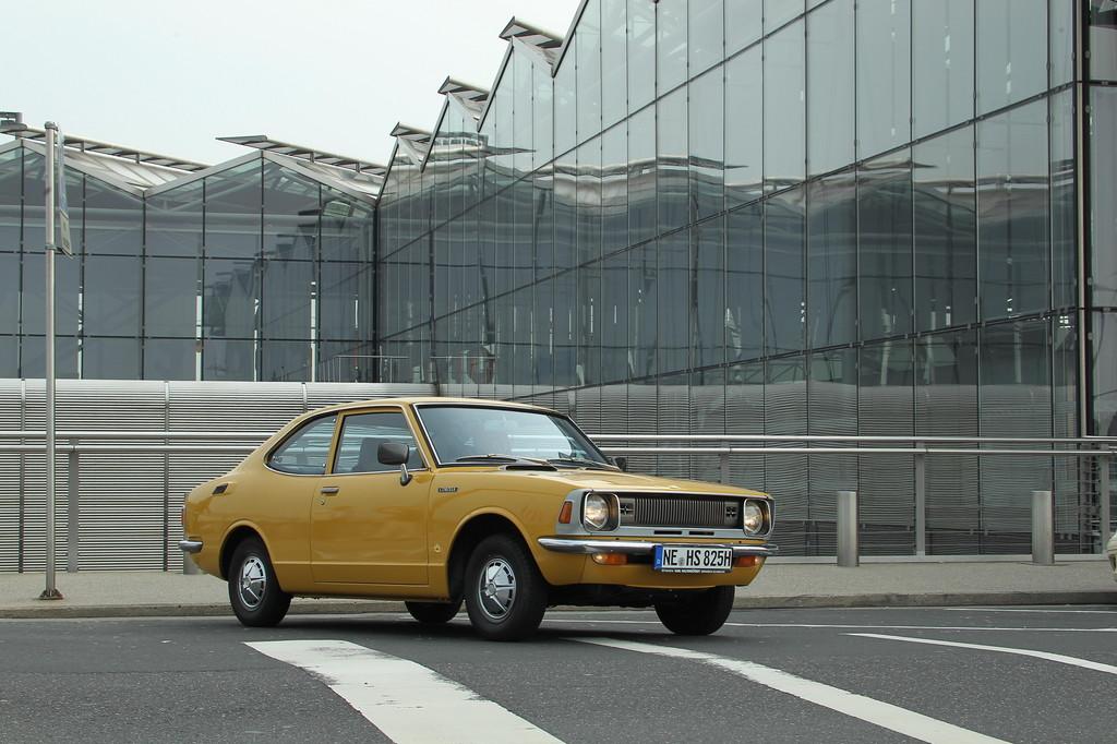 Toyota Corolla (1971).
